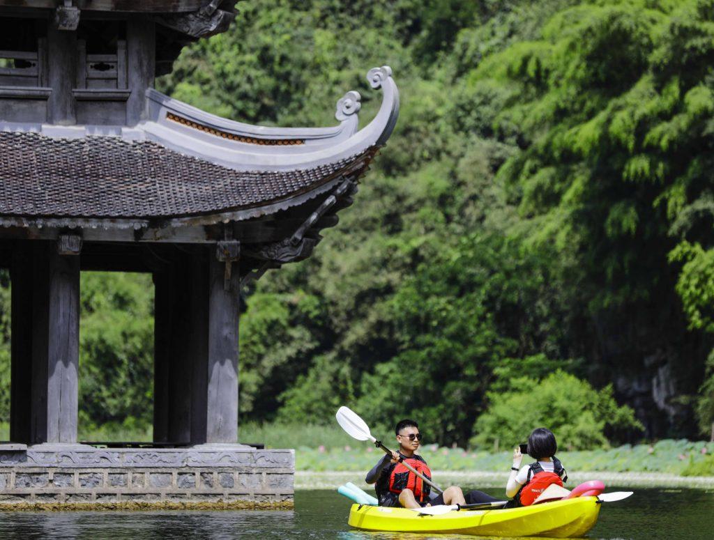 Tràng An kayakj | kayak tràng an