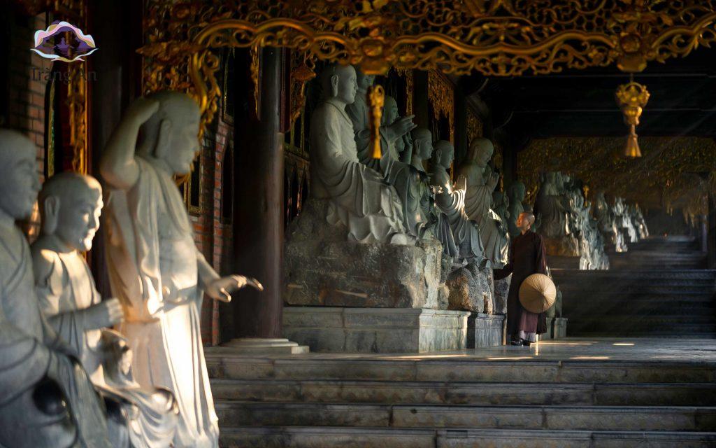 chùa bái đính hành lang la hán