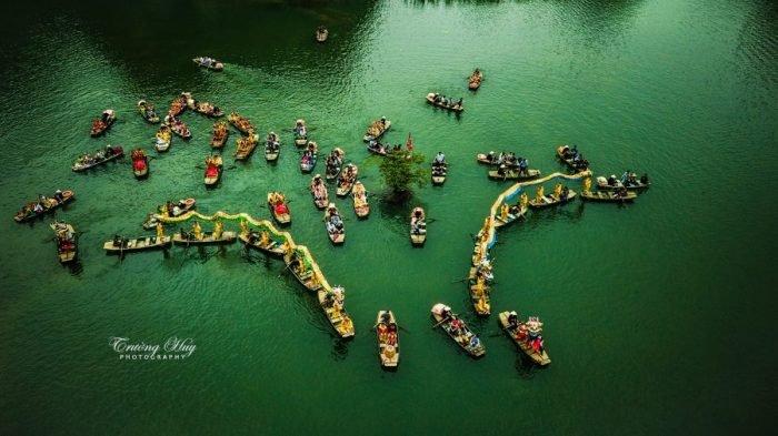 Chèo thuyền tại Lễ hội