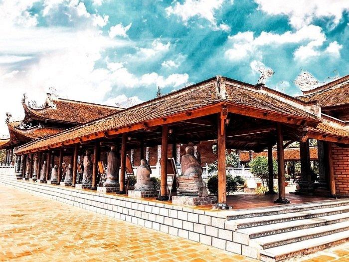 Cụm công trình Phật giáo có kiến trúc đặc biệt tại Đà Lạt du lịch 20-10