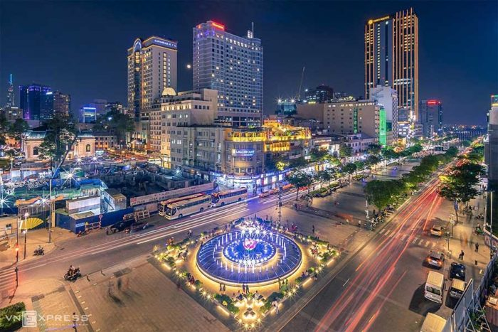 Kinh nghiệm du lịch thành phố Hồ Chí Minh - Sài Gòn nhộn nhịp, đông đúc