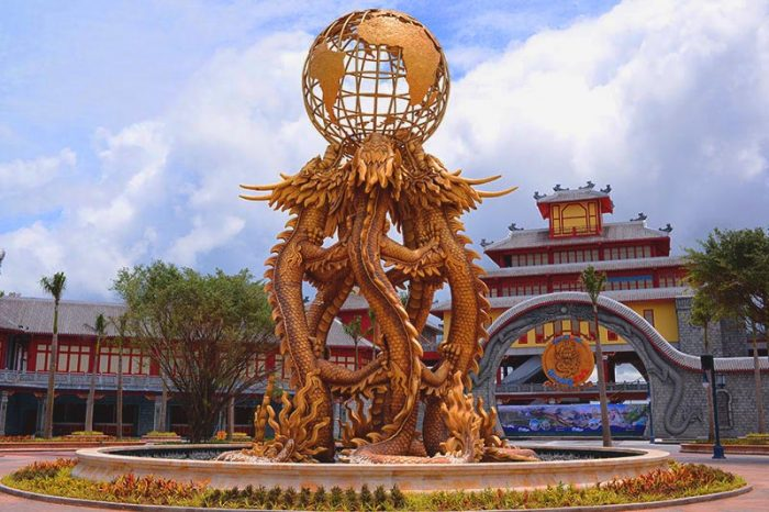 Công viên rồng Hạ Long