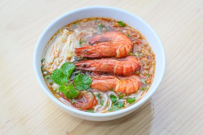 Bún tôm Châu Trúc - đặc sản du lịch Bình Định