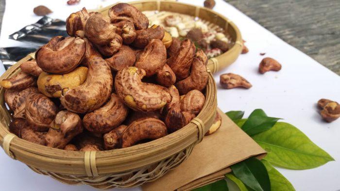 Du lịch Bình Phước nhớ mang hạt điều về làm quà