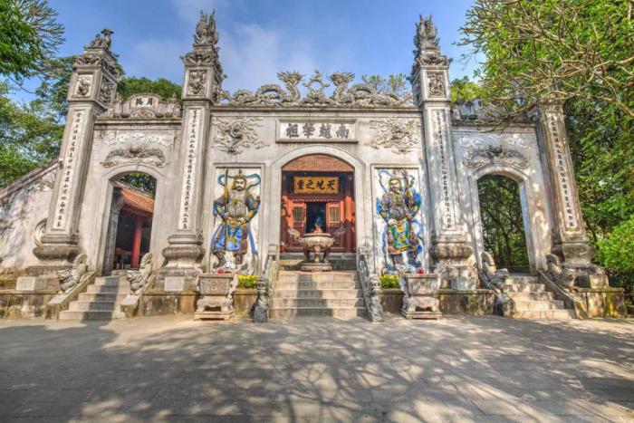 Đền Thượng - Mùng 10 tháng 3 âm lịch hàng năm là ngày Giỗ tổ Hùng Vương