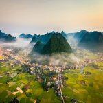 Lên Lạng Sơn để ngắm cảnh núi mây thơ mộng