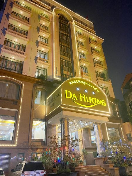 Khách sạn Dạ Hương