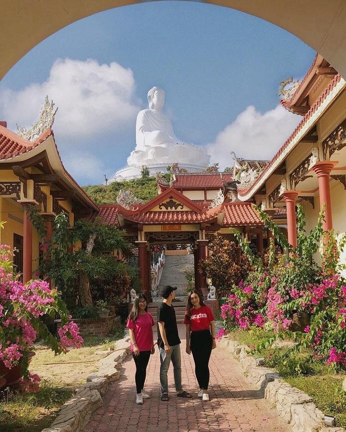 chùa Ông núi - Không gian văn hóa tâm linh khi du lịch Bình Định