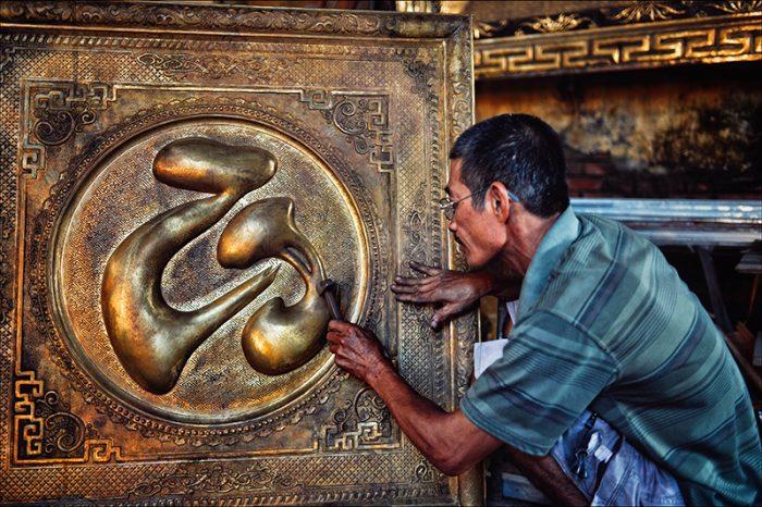 Nghệ nhân chạm bạc  - Du lịch Thái Bình