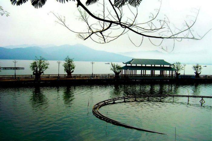 Hồ Ghềnh Chè