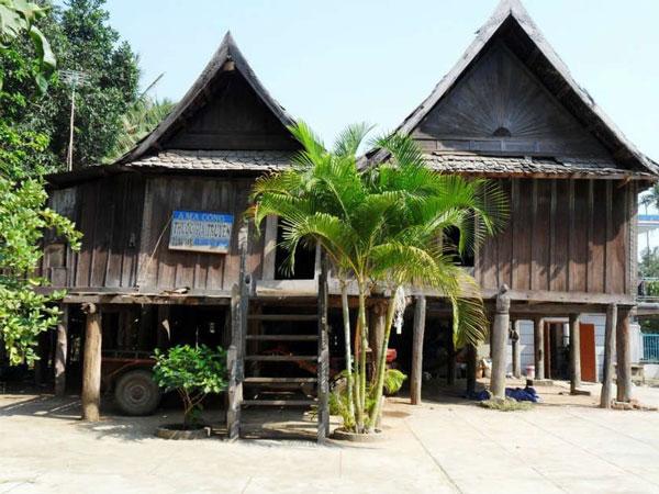 Nhà sàn cổ