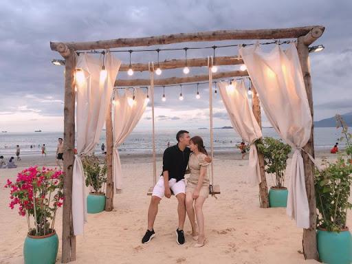 Bãi biển Quy Nhơn đẹp nổi tiếng tại Bình Định