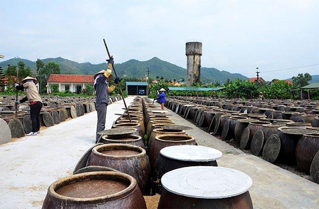 Cơ sở sản xuất nước nắm cá cơm