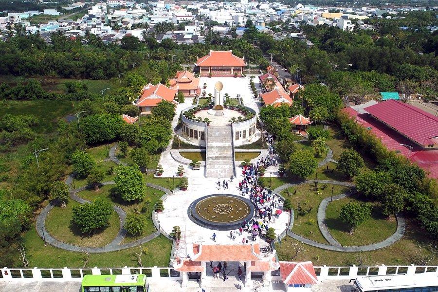Khu tưởng niệm nhạc sĩ Cao Văn Lầu