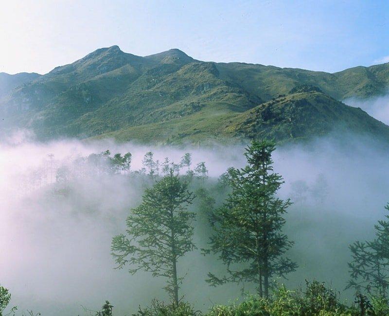 Ngọa Vân -  Hồ Thiên