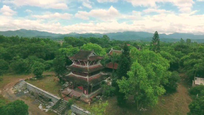 Ngọa Vân  Hồ Thiên