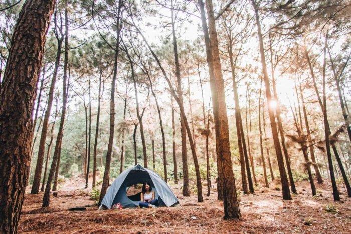 Cắm trại tại khu du lịch