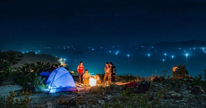 Cắm trại tự do