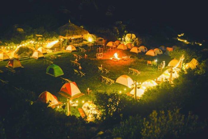 Cắm trại tại khu vực