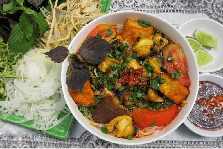 Trải nghiệm ẩm thực phố cổ khi ghé thăm Hồ Hoàn Kiếm