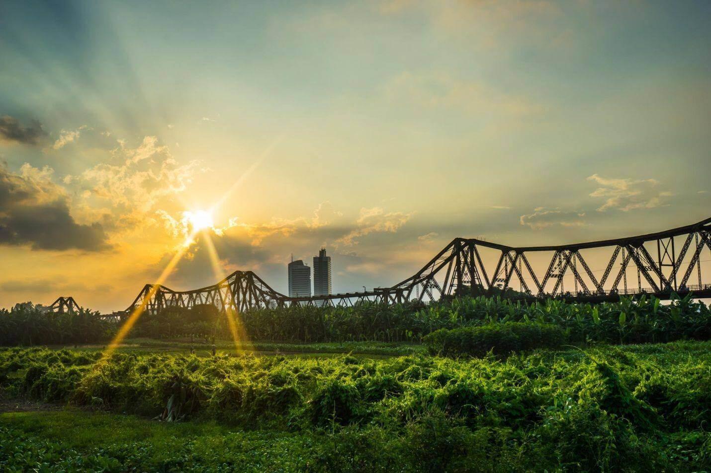 Cầu Long Biên ở đâu?