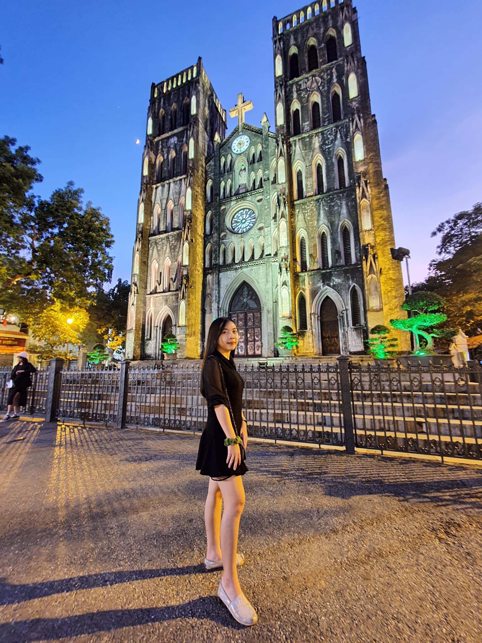 Tham quan Nhà thờ lớn Hà Nội có gì?