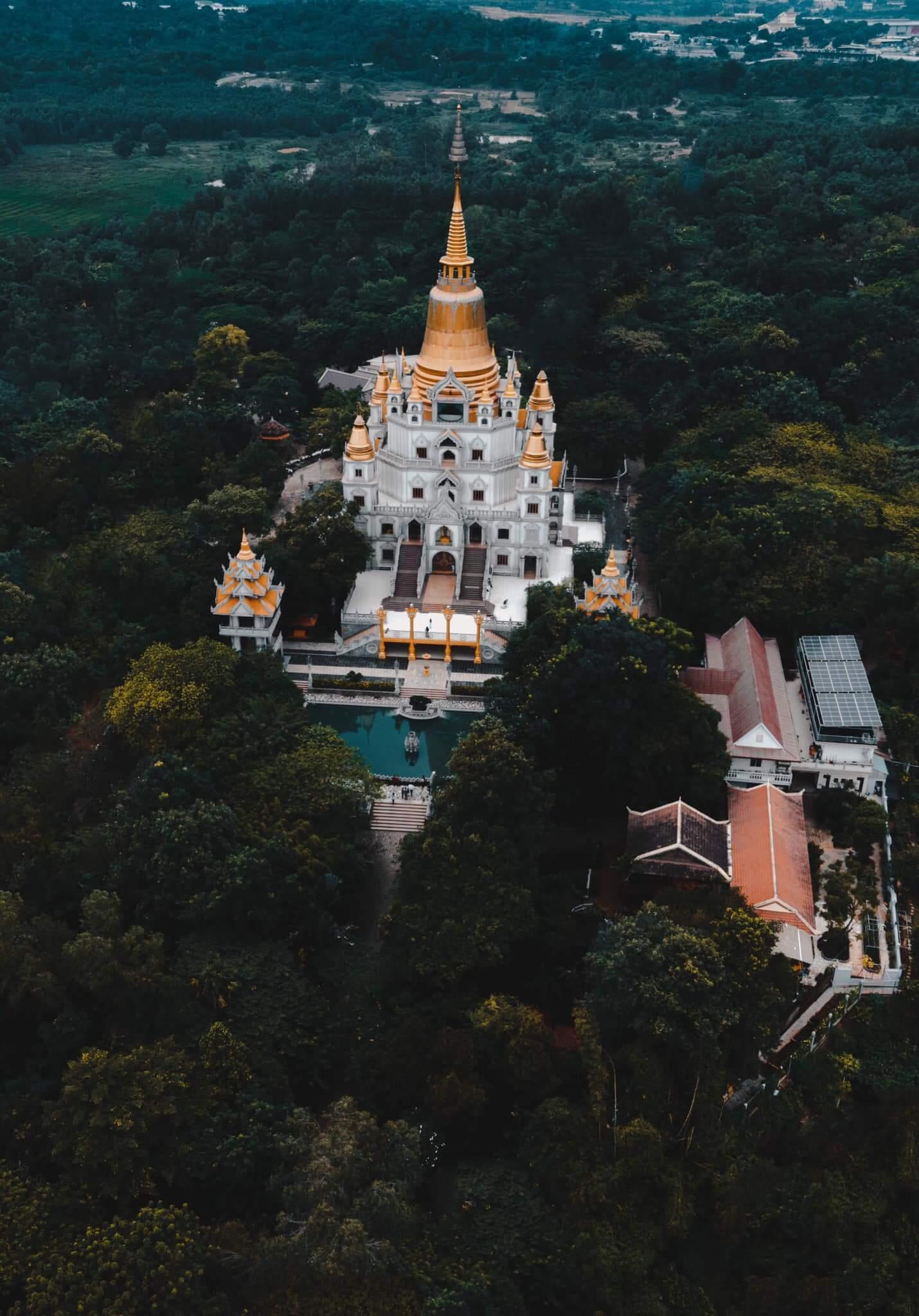 Đường đến chùa Bửu Long
