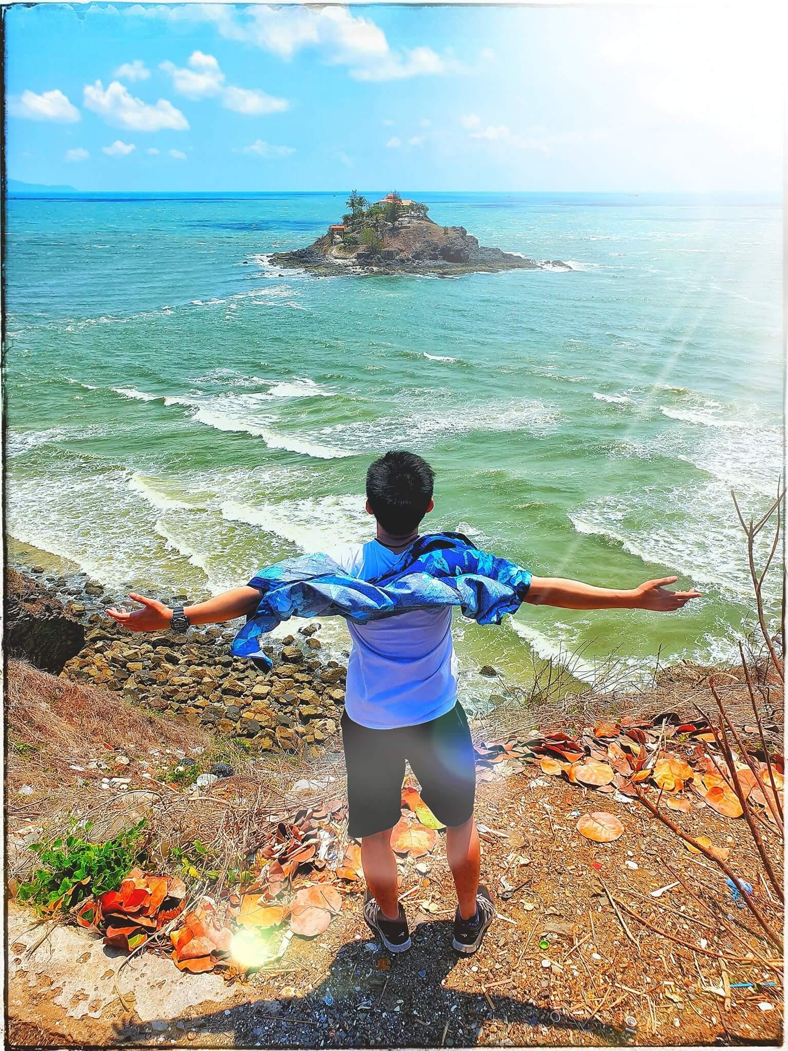 con đường trên biển ra đảo hòn Bà Vũng Tàu